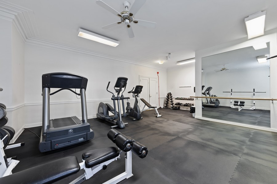 Real Estate Photography - 421 W Melrose #20C, Chicago, IL, 60657 - Fitness Room