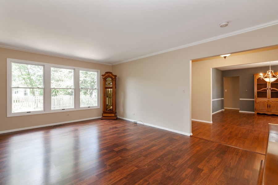 Real Estate Photography - 325 Stratford Court, Aurora, IL, 60504 - Living Room