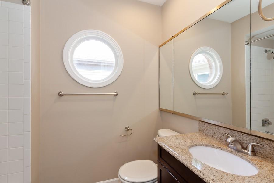 Real Estate Photography - 325 Stratford Court, Aurora, IL, 60504 - Bathroom