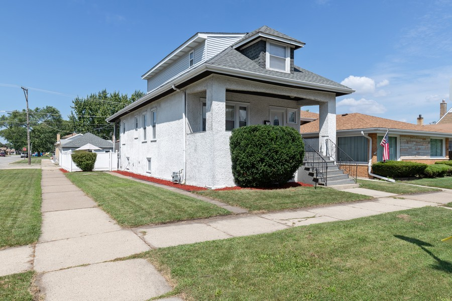 Real Estate Photography - 3946 Euclid Ave, Stickney, IL, 60402 - Front View