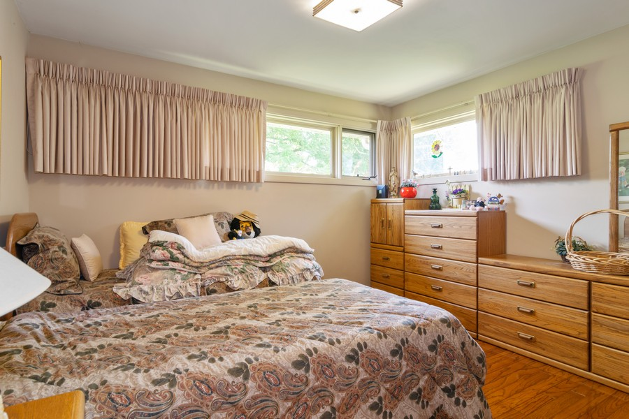 Real Estate Photography - 425 Locust, Roselle, IL, 60172 - Guest Bedroom