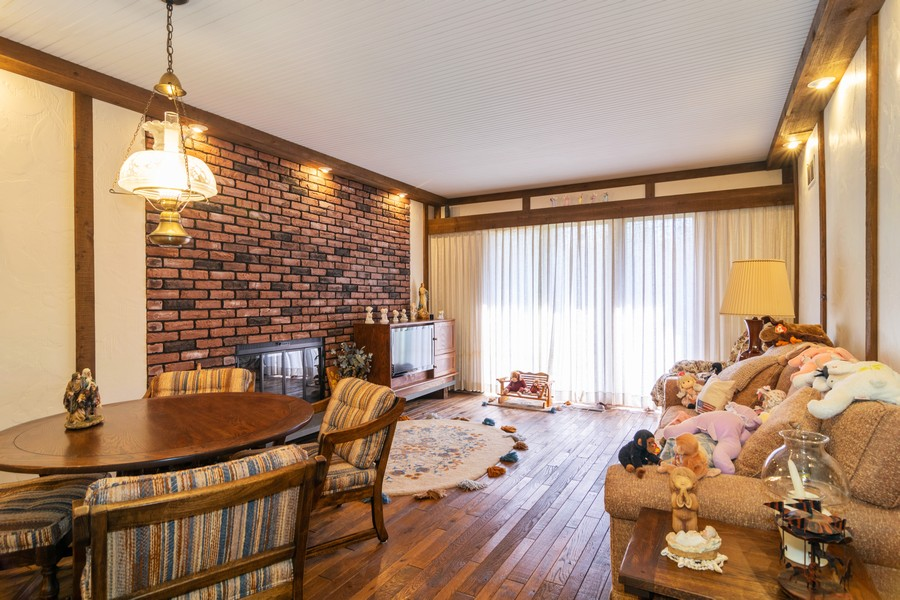 Real Estate Photography - 425 Locust, Roselle, IL, 60172 - Family Room