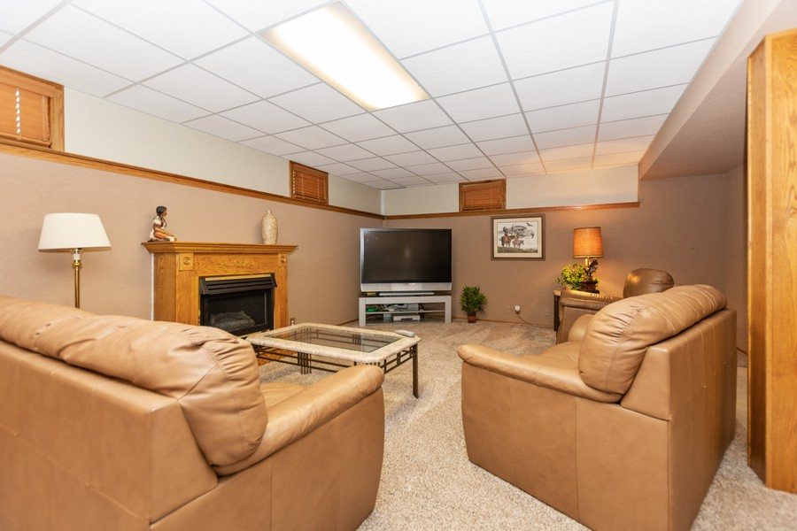 Real Estate Photography - 8907 Patty, Orland Park, IL, 60462 - Recreational Room
