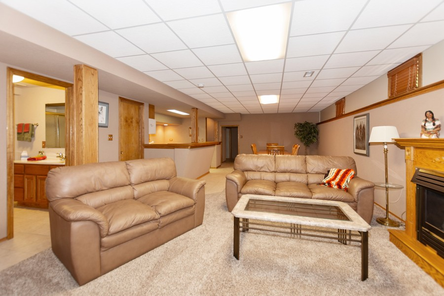 Real Estate Photography - 8907 Patty, Orland Park, IL, 60462 -