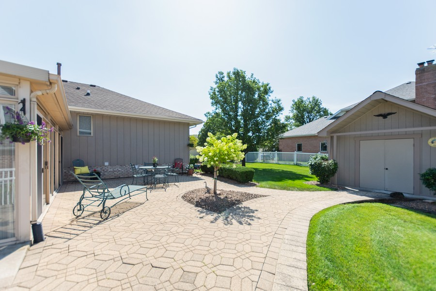 Real Estate Photography - 8907 Patty, Orland Park, IL, 60462 - Back Yard