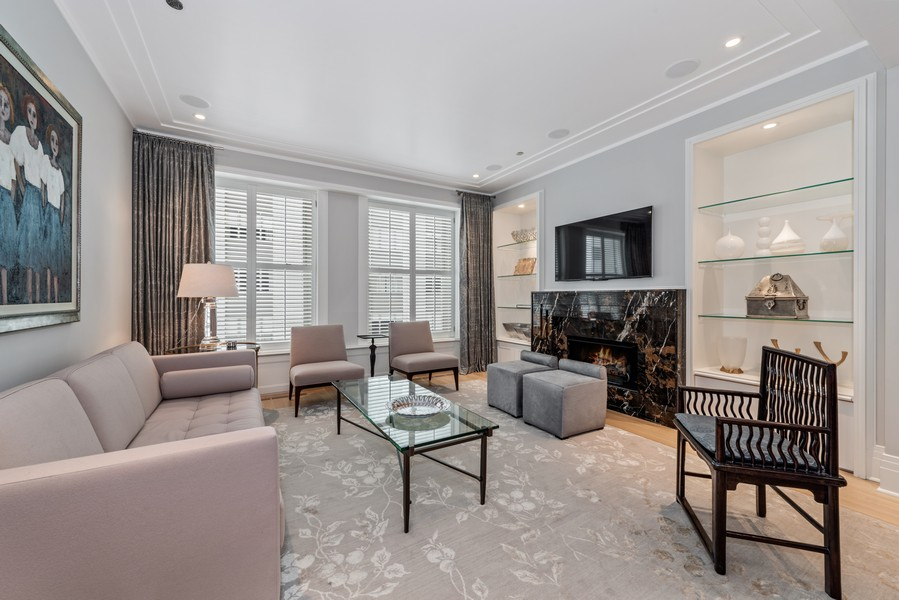 Real Estate Photography - 159 Walton, #7E, Chicago, IL, 60611 - Living Room