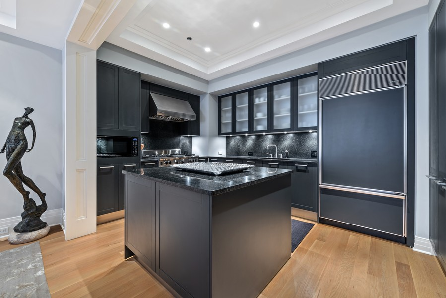 Real Estate Photography - 159 Walton, #7E, Chicago, IL, 60611 - Kitchen