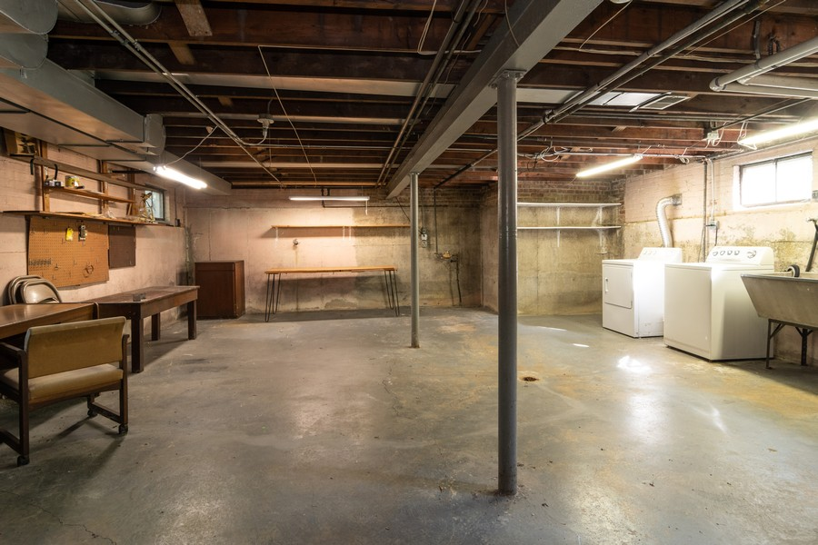 Real Estate Photography - 435 Selborne Rd, Riverside, IL, 60546 - Basement