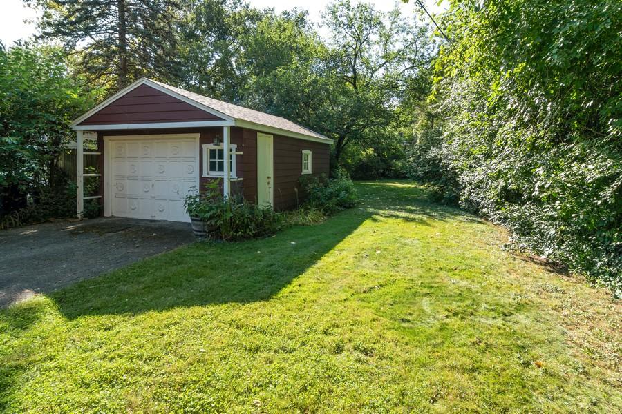 Real Estate Photography - 435 Selborne Rd, Riverside, IL, 60546 - Back Yard