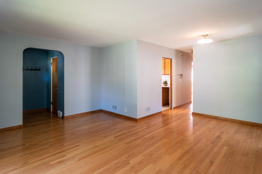 Real Estate Photography - 435 Selborne Rd, Riverside, IL, 60546 - Living Room / Dining Room