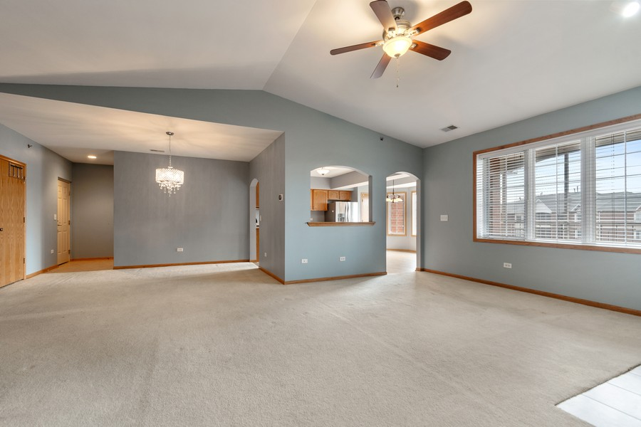 Real Estate Photography - 7928 TRINITY CIRCLE, UNIT 4SW, TINLEY PARK, IL, 60487 - Living Room/Dining Room