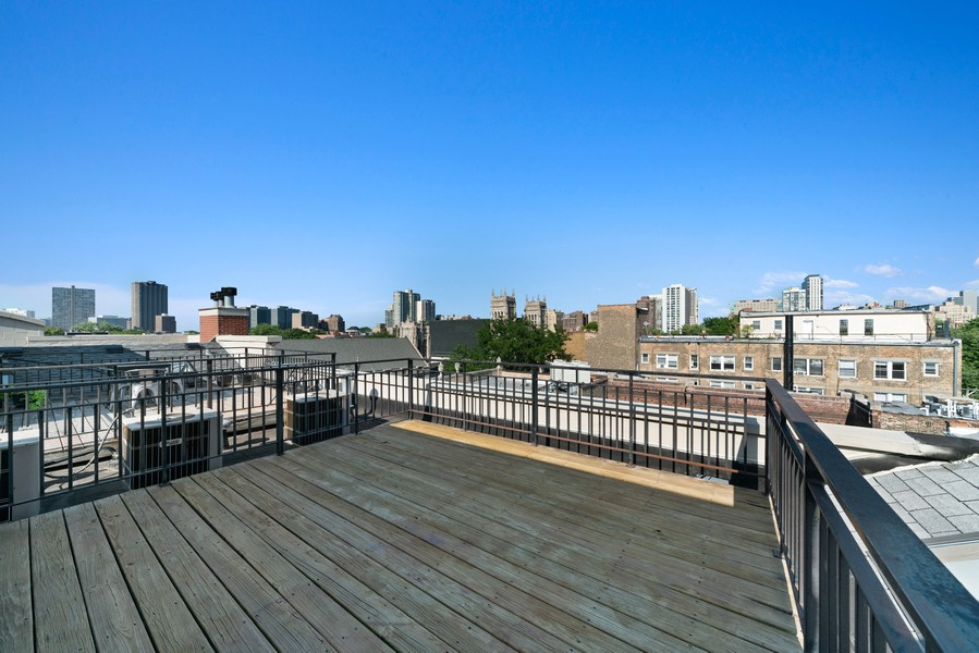 Real Estate Photography - 727 W Belmont Ave., #10, Chicago, IL, 60657 - Roof Deck
