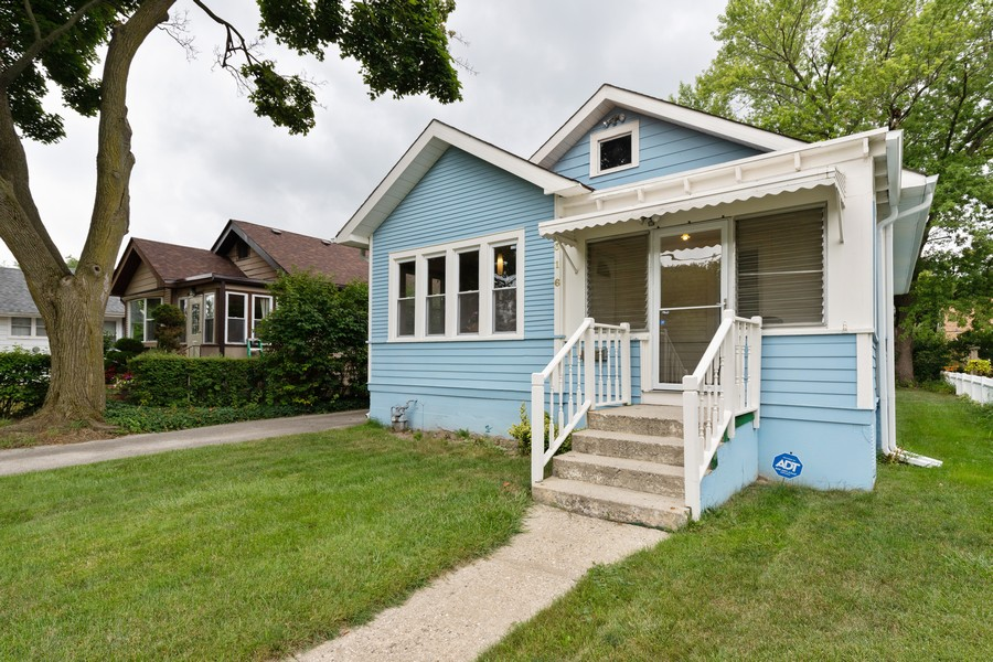 Real Estate Photography - 316 Judge Ave, Waukegan, IL, 60085 - Front View