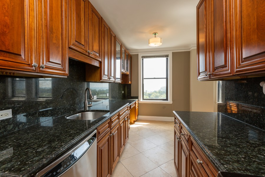 Real Estate Photography - 2000 Lincoln Park West Unit 902, Chicago, IL, 60614 - Kitchen
