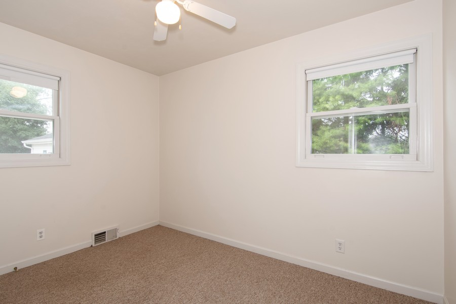 Real Estate Photography - 27W601 Galusha Ave., Warrenville, IL, 60555 - 3rd Bedroom