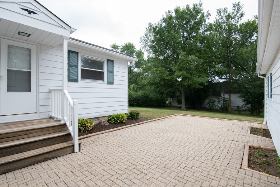 Real Estate Photography - 27W601 Galusha Ave., Warrenville, IL, 60555 - Patio