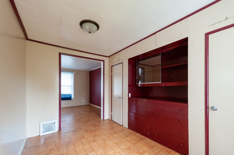 Real Estate Photography - 202 S Butrick Street, Waukegan, IL, 60085 - Dining Room