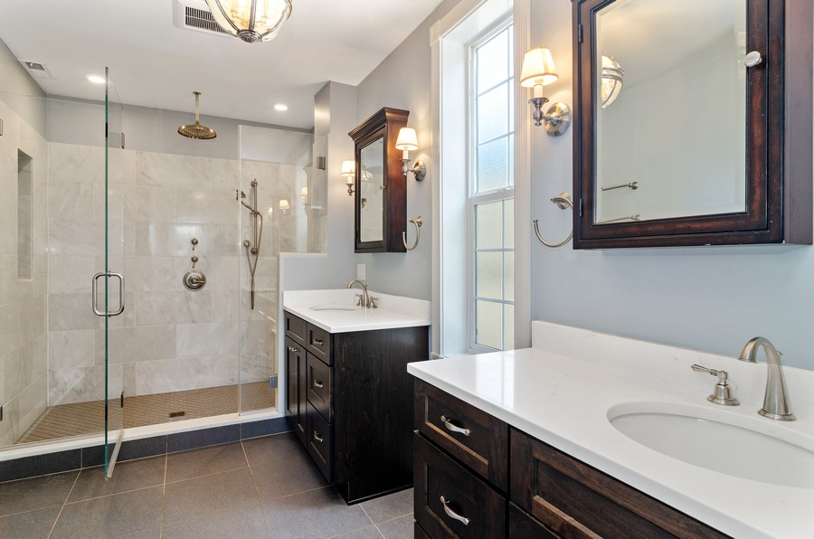 Real Estate Photography - 3545 N Damen, Chicago, IL, 60618 - Master Bathroom