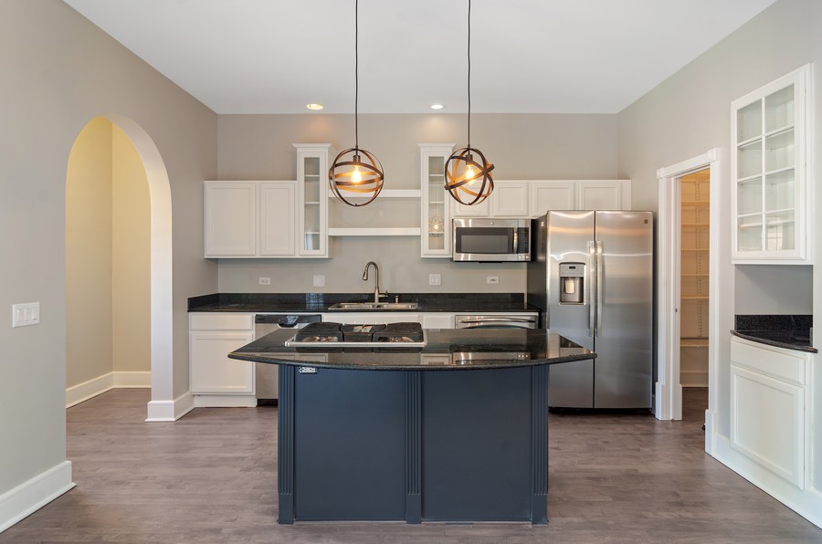 Real Estate Photography - 3545 N Damen, Chicago, IL, 60618 - Kitchen