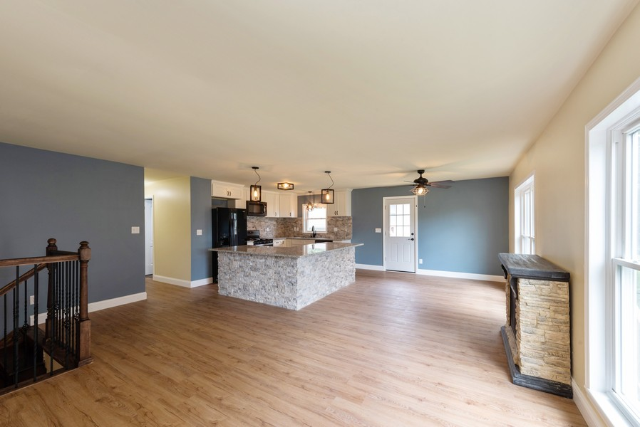 Real Estate Photography - 1709 W 97th Ave, Crown Point, IN, 46307 - Living Room