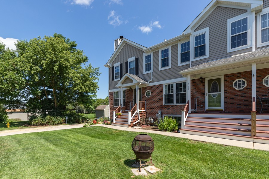 Real Estate Photography - 718 Tiffany Ct, Antioch, IL, 60002 - Front View