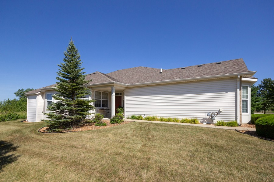 Real Estate Photography - 17208 Como Ave., Lockport, IL, 60441 - Front View