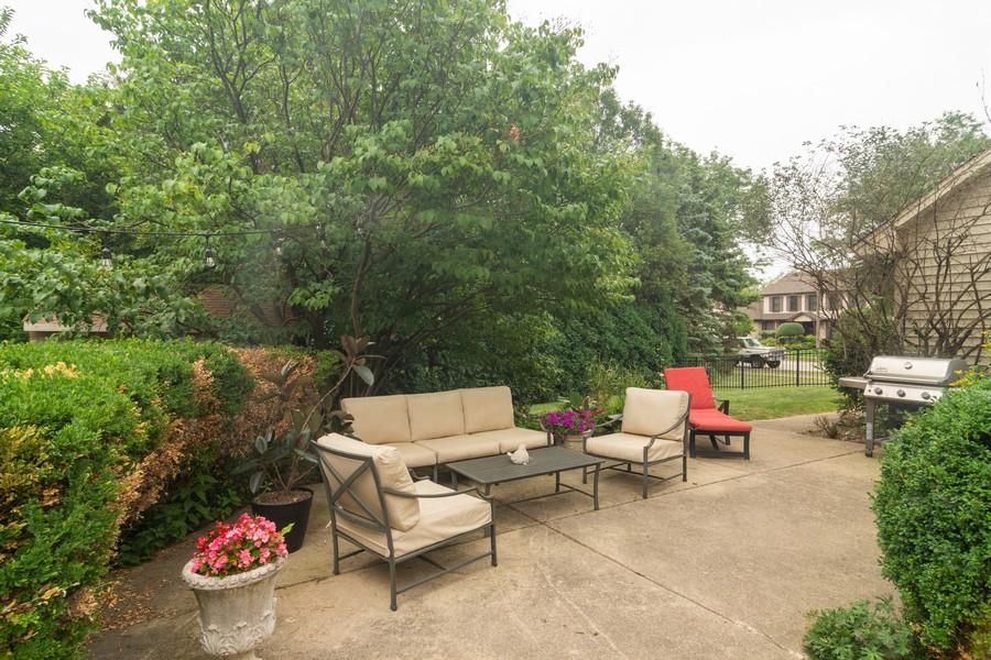 Real Estate Photography - 2206 E Hunter, Arlington Heights, IL, 60004 - Location 2