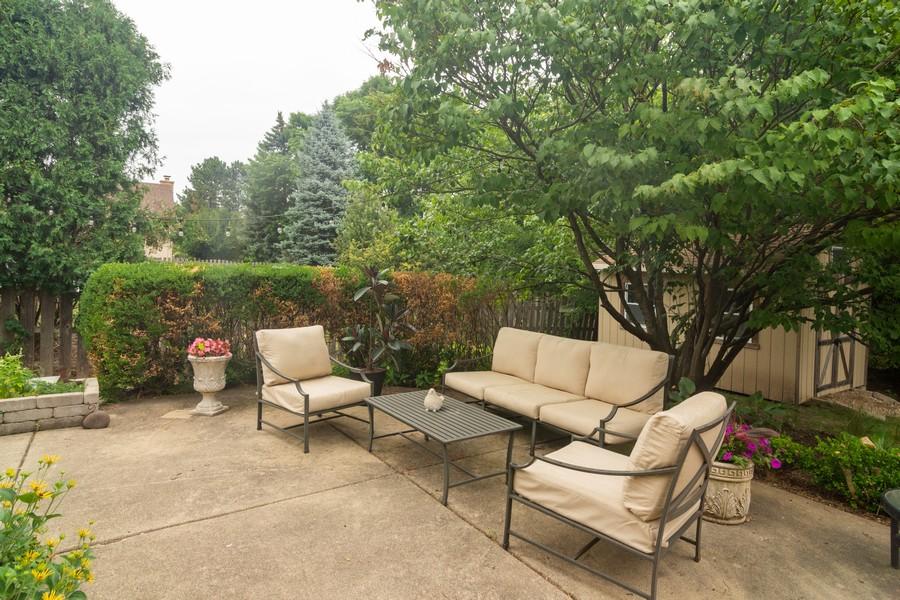 Real Estate Photography - 2206 E Hunter, Arlington Heights, IL, 60004 - Location 4