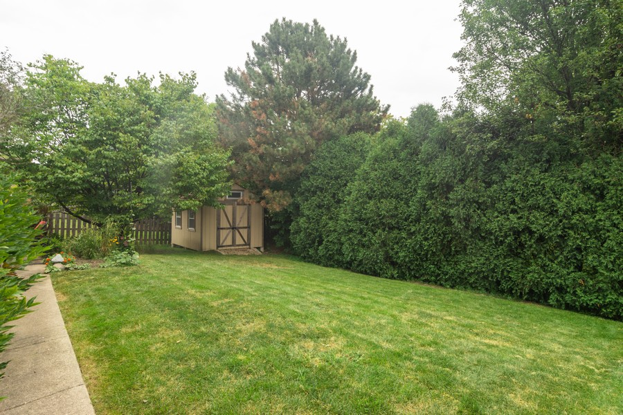 Real Estate Photography - 2206 E Hunter, Arlington Heights, IL, 60004 - Location 8