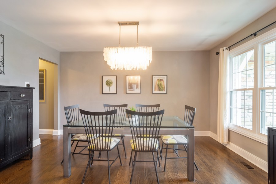 Real Estate Photography - 2206 E Hunter, Arlington Heights, IL, 60004 - Dining Room
