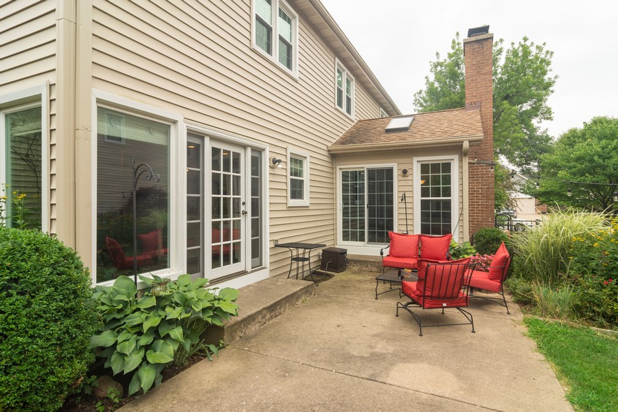 Real Estate Photography - 2206 E Hunter, Arlington Heights, IL, 60004 - Patio