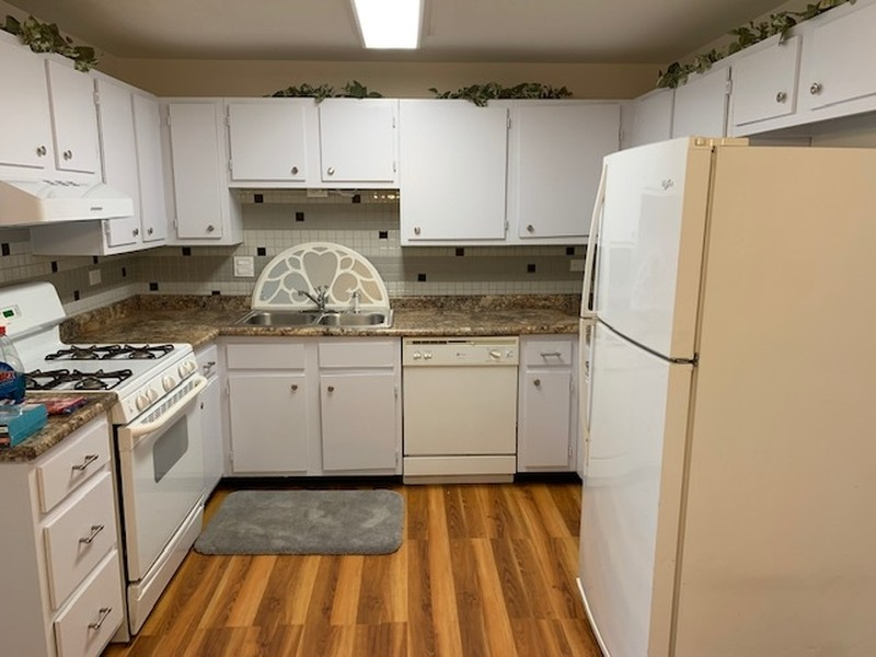 Real Estate Photography - 135 Fairlane, Unit A, Bloomingdale, IL, 60108 -