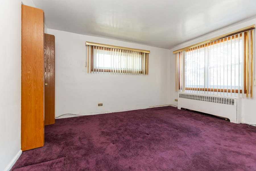 Real Estate Photography - 8347 S Ingleside Ave, Chicago, IL, 60619 - Bedroom