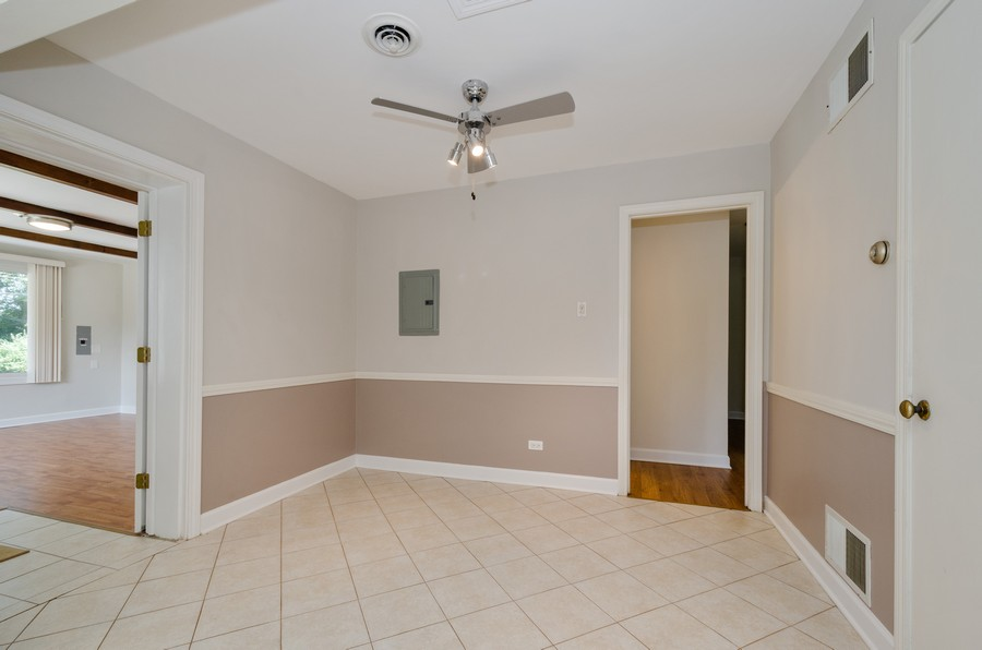 Real Estate Photography - 851 E. Grant Dr., Des Plaines, IL, 60016 - Dining Room