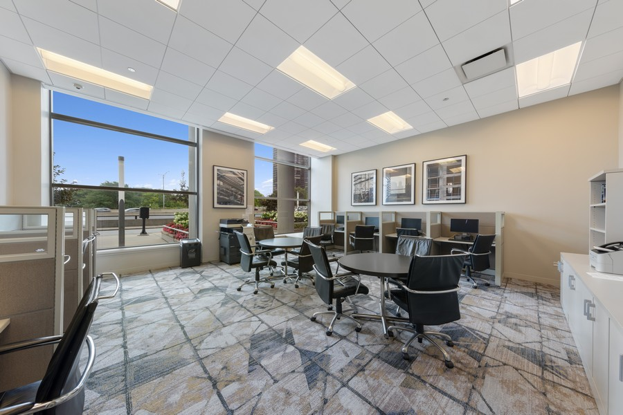 Real Estate Photography - 600 N. Lake Shore Drive, Unit 2412, Chicago, IL, 60611 - Location 2