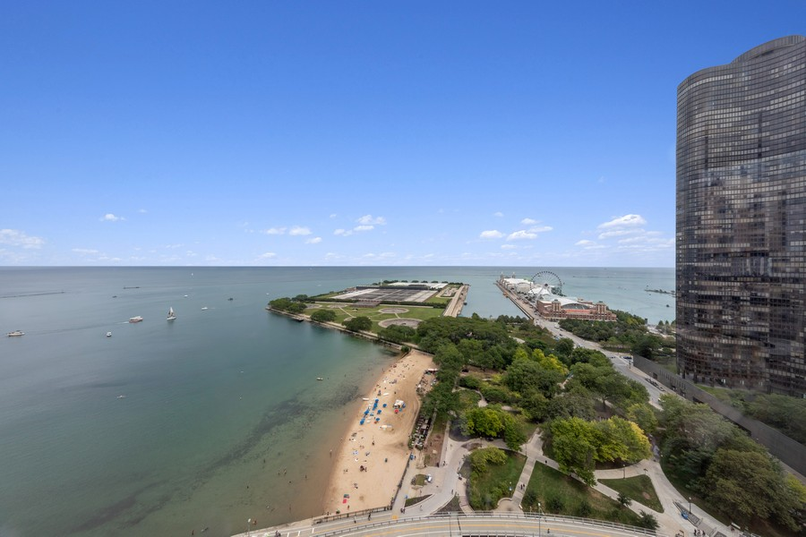Real Estate Photography - 600 N. Lake Shore Drive, Unit 2412, Chicago, IL, 60611 - View