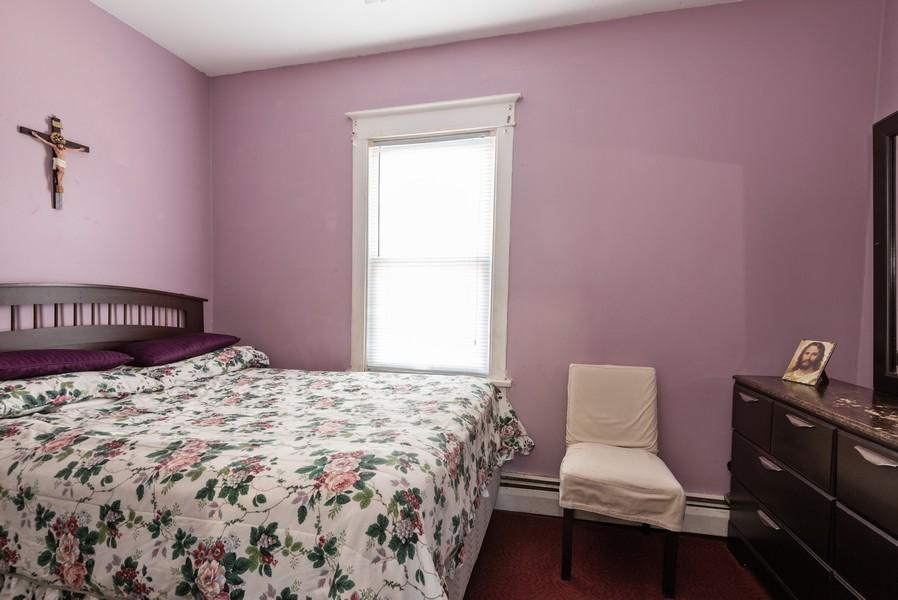 Real Estate Photography - 1747 Hartrey Avenue, Evanston, IL, 60201 - Bedroom