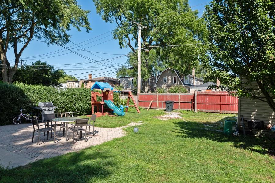Real Estate Photography - 1747 Hartrey Avenue, Evanston, IL, 60201 - Back Yard