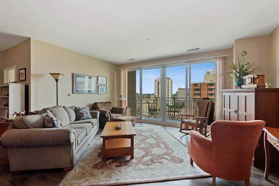 Real Estate Photography - 1522 N Prospect Ave Unit 1104, Milwaukee, WI, 53202 - Living Room