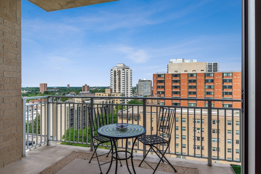 Real Estate Photography - 1522 N Prospect Ave Unit 1104, Milwaukee, WI, 53202 - Balcony