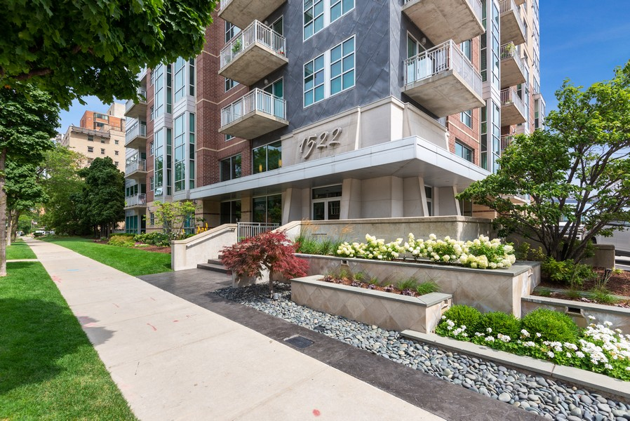 Real Estate Photography - 1522 N Prospect Ave Unit 1104, Milwaukee, WI, 53202 - Front View