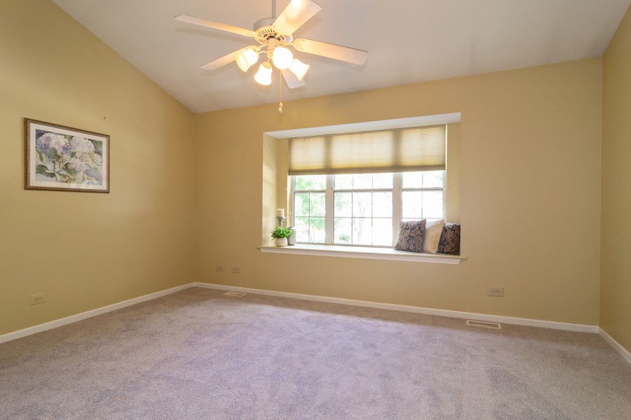 Real Estate Photography - 30W014 Laurel Court, Warrenville, IL, 60555 - Master Bedroom