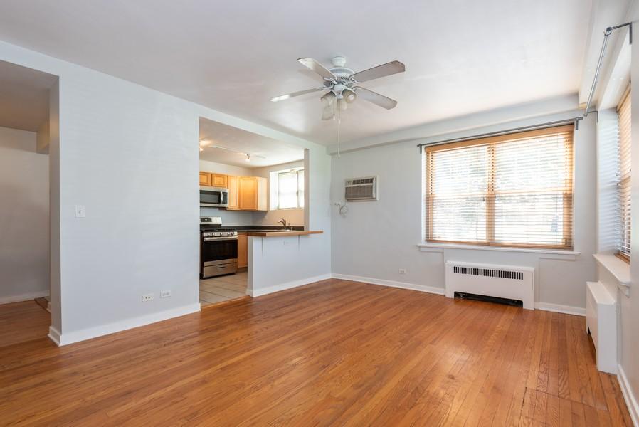 Real Estate Photography - 2732 Hampton Parkway #DG, Evanston, IL, 60201 - Living Room - Kitchen