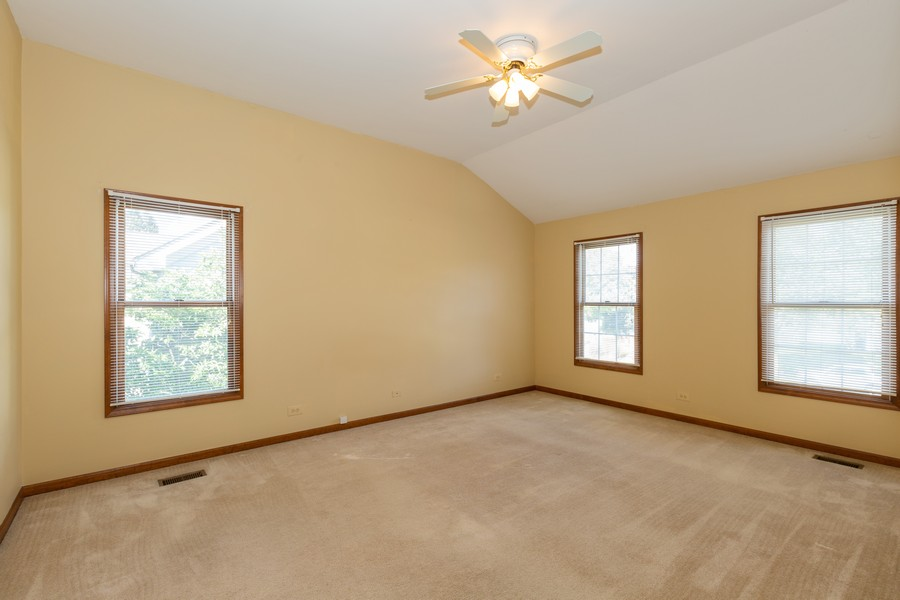 Real Estate Photography - 1740 Arbordale Ln, Algonquin, IL, 60102 - Master Bedroom