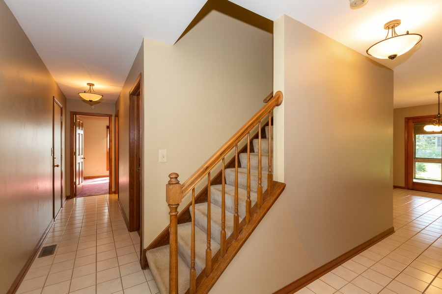 Real Estate Photography - 1740 Arbordale Ln, Algonquin, IL, 60102 - Staircase