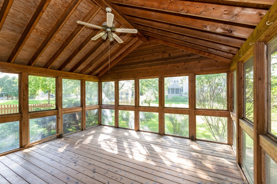 Real Estate Photography - 1740 Arbordale Ln, Algonquin, IL, 60102 - Sun Room