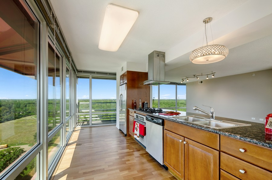 Real Estate Photography - 9655 Woods Drive, Apt 1710, Skokie, IL, 60077 - Kitchen
