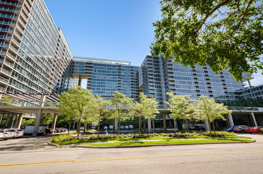 Real Estate Photography - 9655 Woods Drive, Apt 1710, Skokie, IL, 60077 - Front View