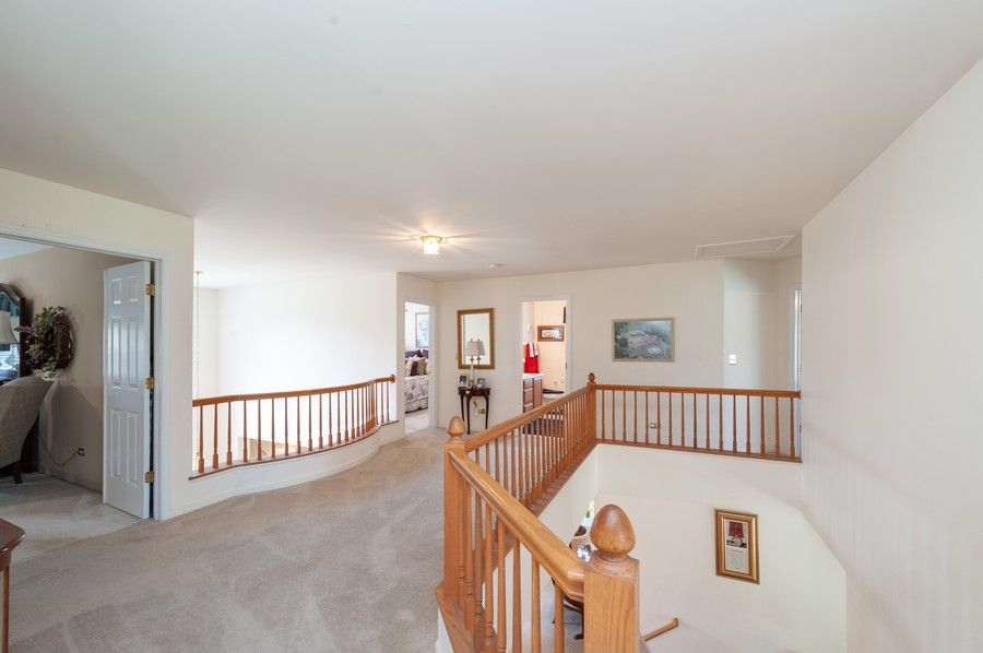 Real Estate Photography - 34032 N. Wooded Glen, Grayslake, IL, 60030 - 2nd Level