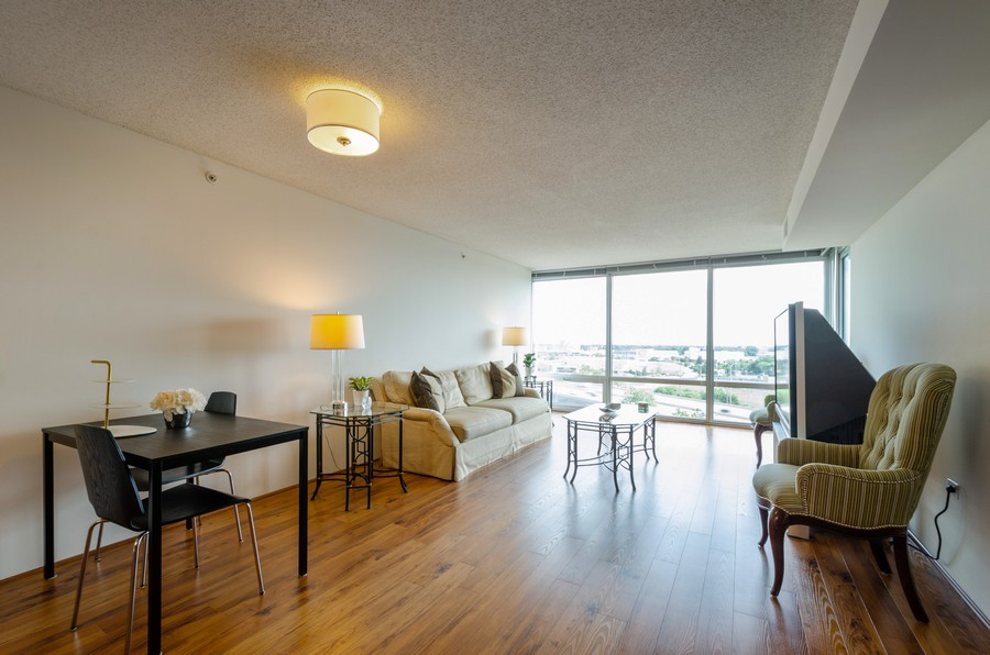 Real Estate Photography - 9715 N Woods, Unit 1109, Skokie, IL, 60077 - Living Room / Dining Room